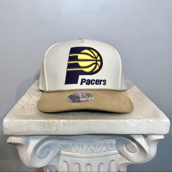 separation shoes d0eef 34cb6 Indiana Pacers Strapback Mitchell   Ness Hat Cap. M 5ae3b932a44dbec1fd6fc1c3